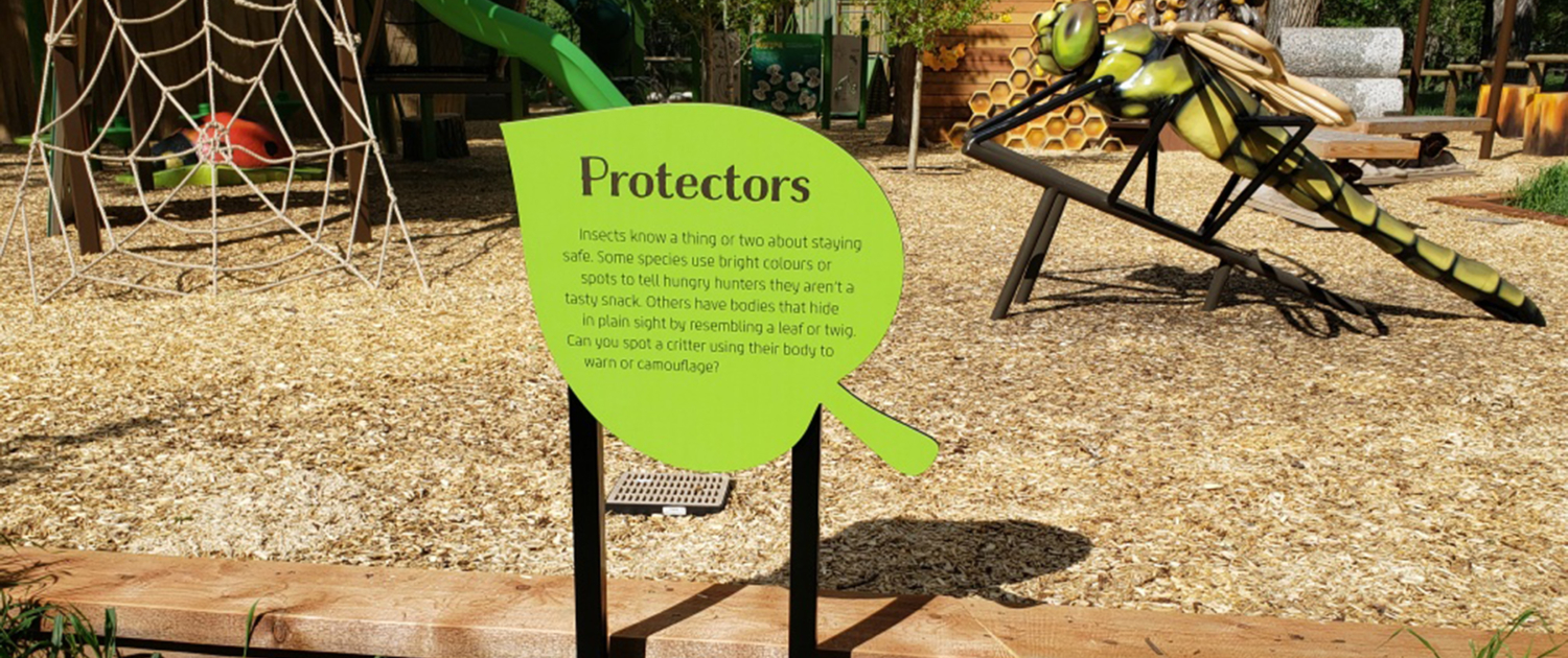 Leaf shaped sign on zoo playground